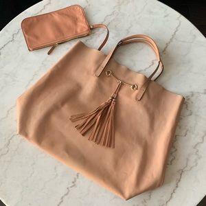 GUCCI Park Avenue Leather Horsebit Tote 🤍 Blush